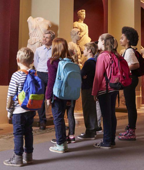Dicas para apreciar arte com crianças em museus