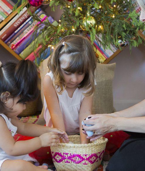 brincadeira de natal com as crianças