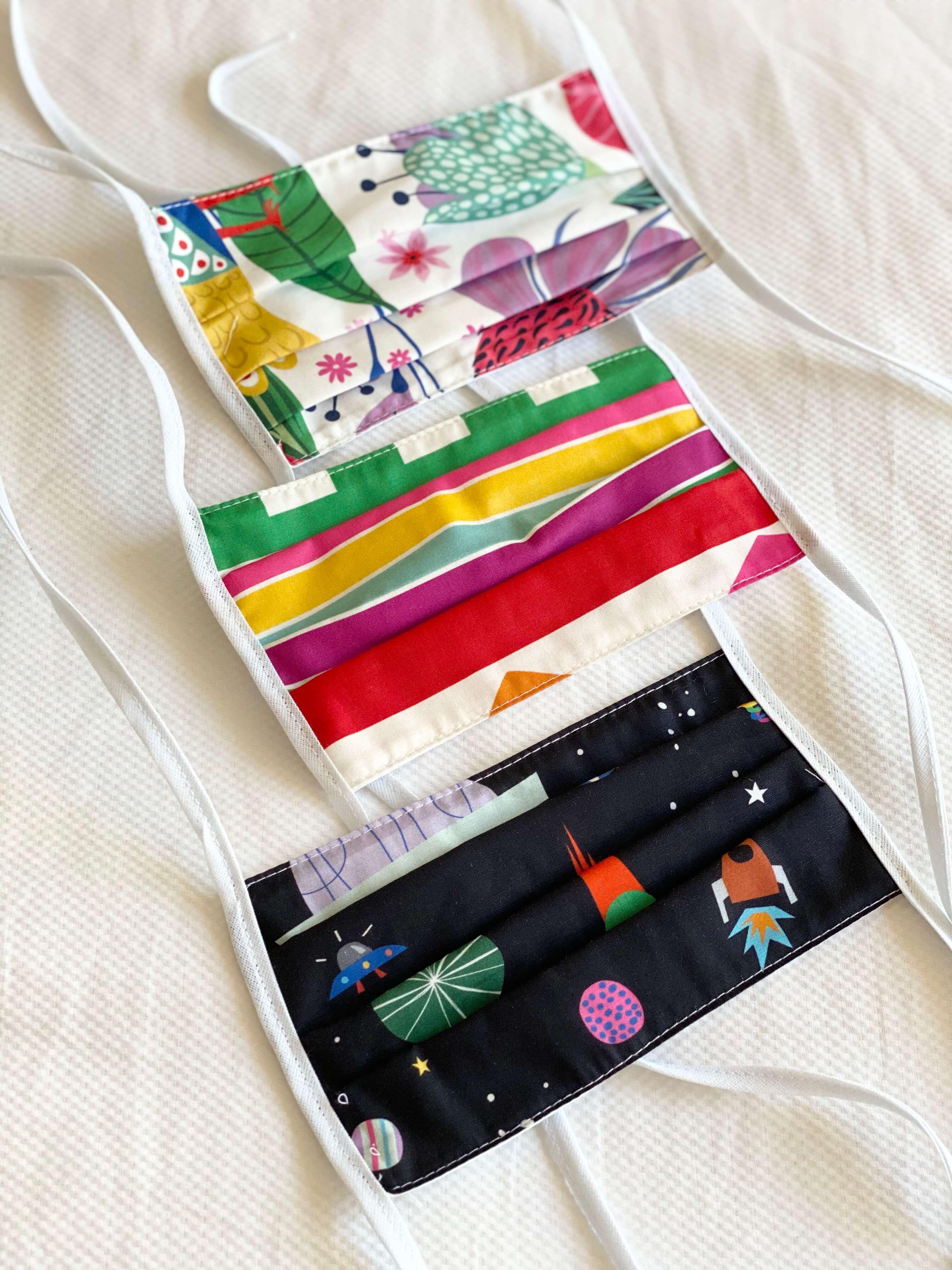máscaras de tecido coloridas
