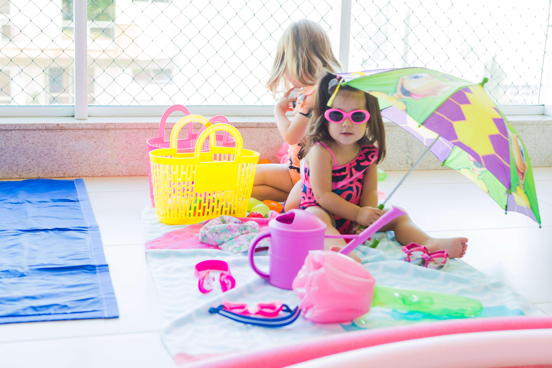praia no quintal com as crianças